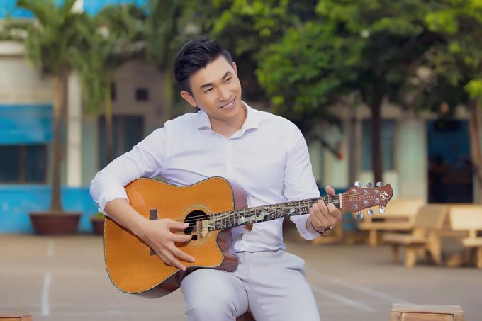 Sau MV chung với Ngọc Linh, Nguyễn Hồng Ân lại chuẩn bị các sản phẩm mới cho mùa Giáng sinh và Tết. Bên cạnh đó là việc ra mắt album nhạc ngoại lời Việt thứ hai, sau thành công của album Tình như lá bay xa phát hành hai năm trước.