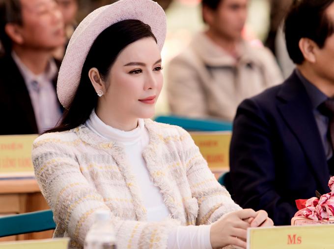 Nữ diễn viên chia sẻ, cô thấy lòng bình yên khi đến Đà Lạt, tiếp xúc gần gũi với người dân và cảm nhận không khí trong lành, mát mẻ nơi đây.