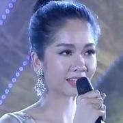 Thí sinh 'Người đẹp xứ Dừa' ứng xử ấp úng