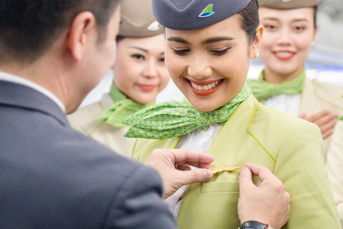 Chiếc huy hiệu cánh bay – niềm tự hào trên ngực trái của toàn thể TVHK Bamboo Airways