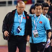 HLV Park nổi nóng với trợ lý tuyển Thái Lan
