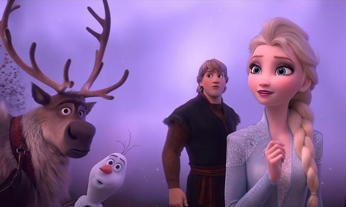 Elsa xúc động khi tìm ra nguồn gốc của bản thân.