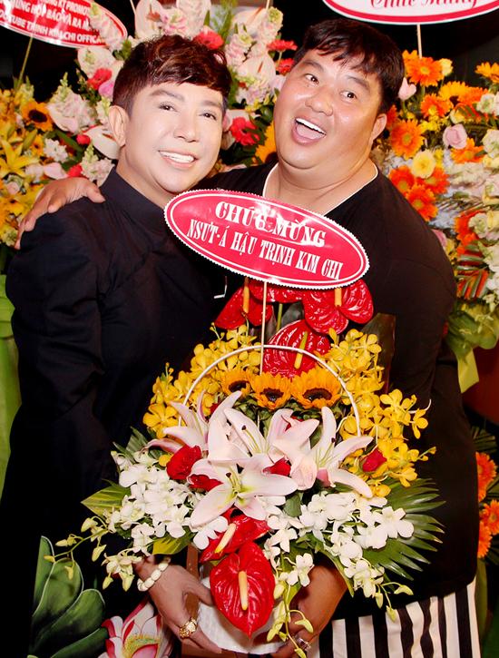 Ca sĩ Long Nhật hội ngộ diễn viên Hoàng Mập.
