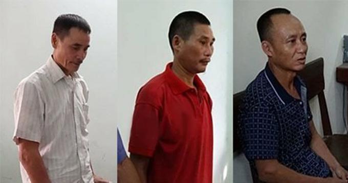 Ba bị cáo Thịnh (đầu tiên bên trái), Sửu và Chương thời điểm bị cảnh sát bắt. Ảnh: H.L