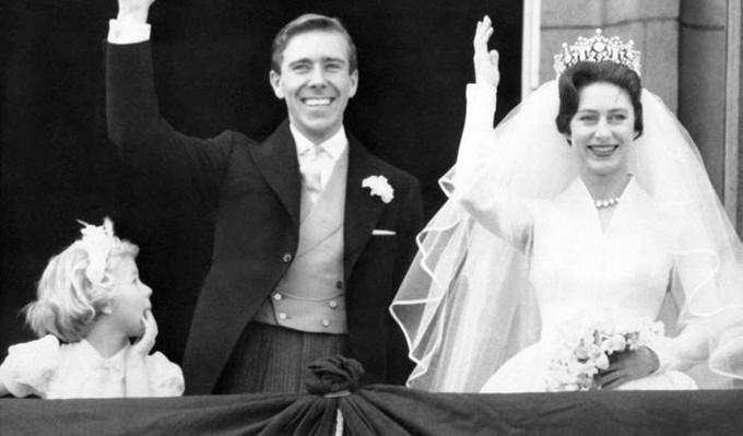 Các cô dâu, chú rể hoàng gia Anh phá quy tắc trong lễ cưới