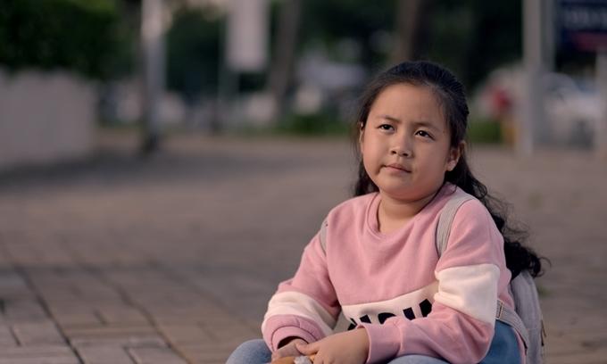 Cô bé Hồng Ân lém lỉnh.