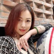Jennifer Phạm tăng 10 kg sau 7 tháng mang thai