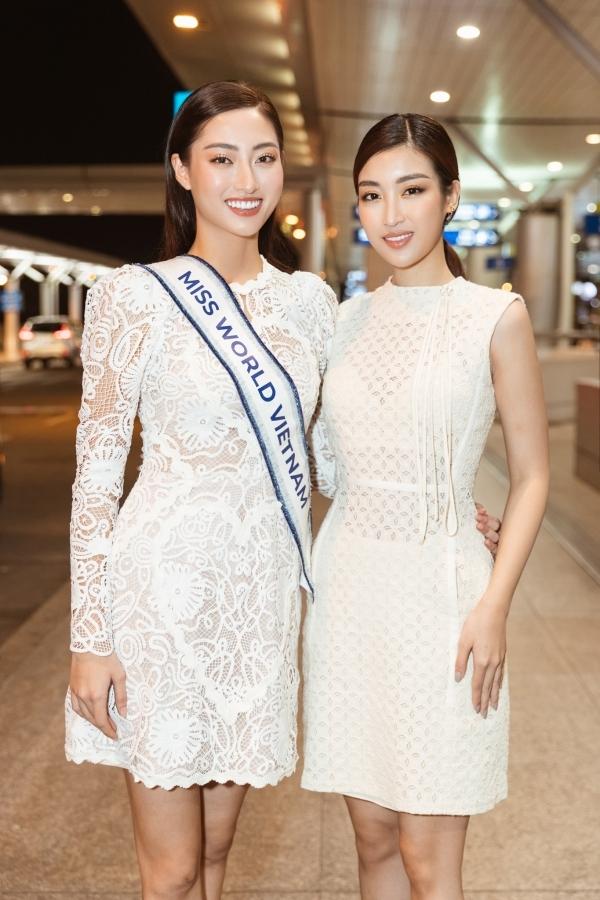 Đỗ Mỹ Linh dành thời gian vào Sài Gòn tiễn đàn em đi thi. Cô từng dự thi Miss World 2017, thắng giải Hoa hậu Nhân ái và phần thi Thuyết trình đối đầu.