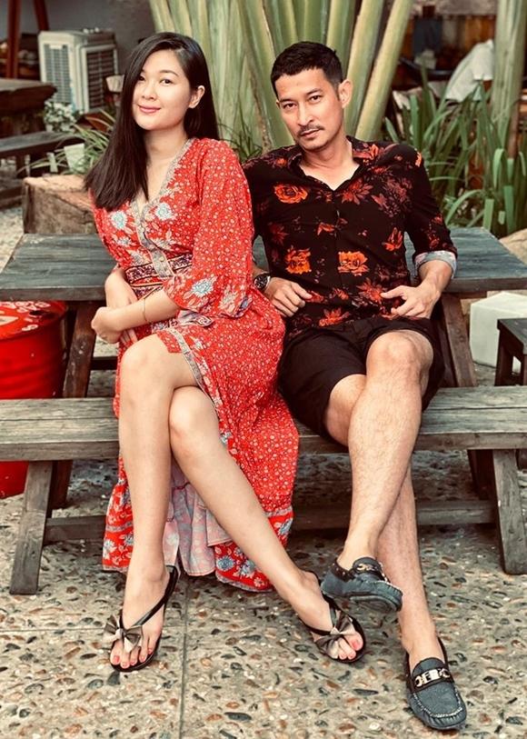 Diễn viên Huy Khánh và bà xã Mạc Anh Thư.