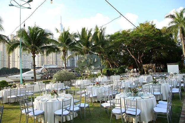 Không gian tiệc cưới ngoài trời ấn tượng.Ảnh: LAGarden Restaurant