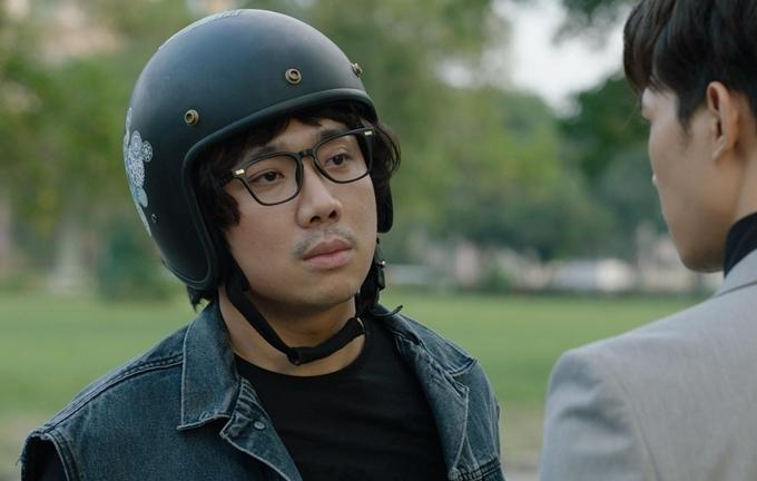 Trấn Thành đoạt giải nhờ vai chàng khờ si tình trong Cua lại vợ bầu, đóng cặp Ninh Dương Lan Ngọc.