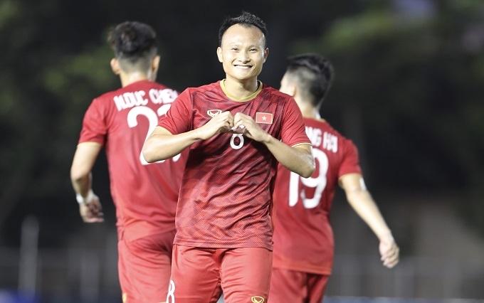 Trọng Hoàng ghi bàn thứ 5 cho Việt Nam. Ảnh: Đức Đồng