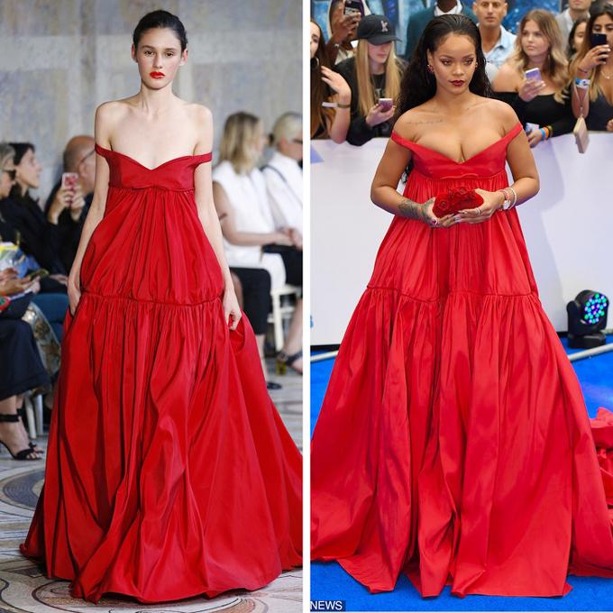 Thiết kế trễ vai đỏ rực của Giambattista Valli được trình diễn bởi một người mẫu vóc dáng mảnh khảnh, do đó hình ảnh Rihanna o ép vòng một trong trang phục này khiến khán giả so sánh và bàn tán sôi nổi.