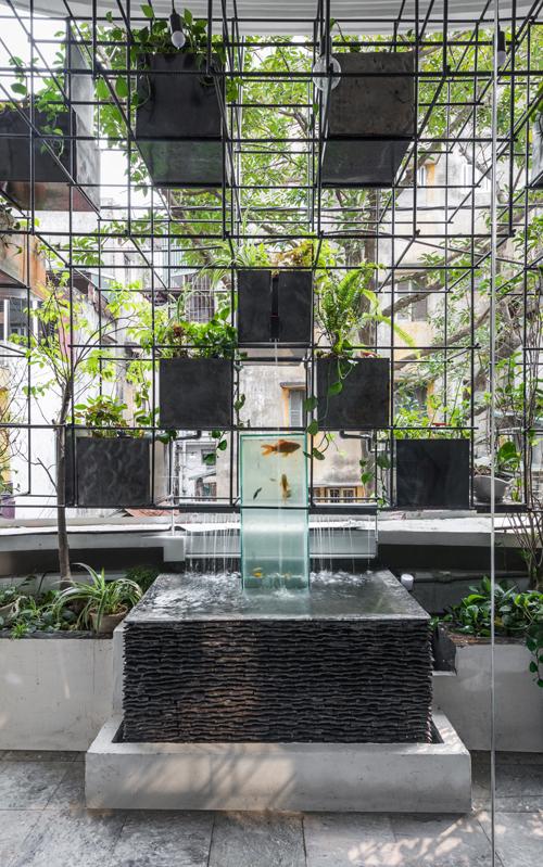 Eco-Balcony của nhóm kiến trúc sư đã lọt top 10 bài dự thi xuất sắc nhất hạng mục KTS Trẻ giải Spec Go Green International Awards 2017. Giải thưởng được tổ chức kể từ năm 2014, bảo trợ bởi Hội Kiến Trúc Sư Việt Nam, có phạm vi toàn khu vực Châu Á. Chủ đề của kỳ giải 2017 tập trung vào 2 nội dung chính là Kiến trúc xanh và Công trình, dự án có đóng góp tích cực cho xã hội.