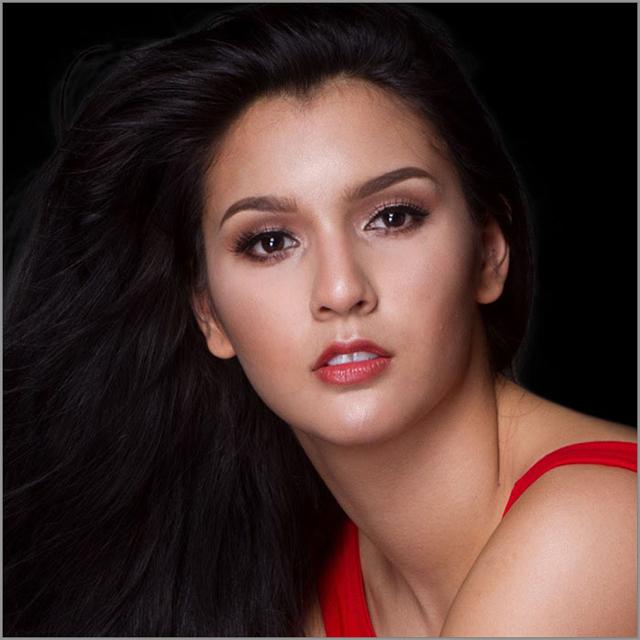 Jamie Herrell - Hoa hậu Trái đất 2014 - sẽ dẫn đầu đoàn Singapore.