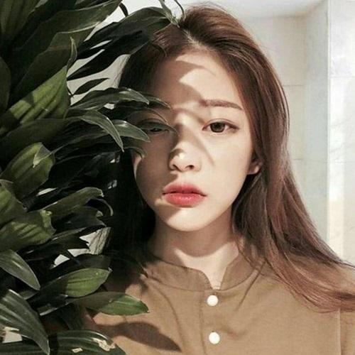 Phái nữ Hàn thích trang điểm trong suốt.