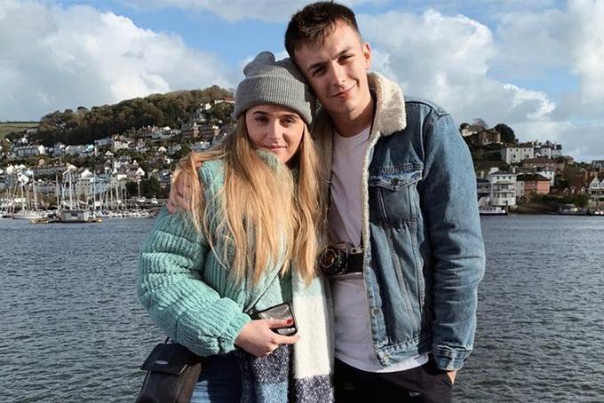 Cặp đôi Harry và Annie. Ảnh: Cornwalllive.