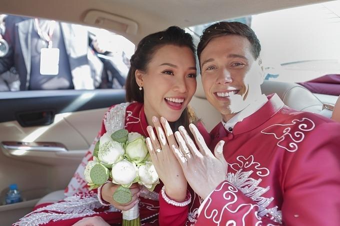 Chiều tối 1/12, lễ cưới của Hoàng Oanh sẽ diễn ra ở nhà hàng tại quận 7,TP HCM.