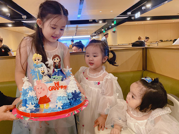 Hai con gái của Hoài Lâm - Bảo Ngọc dự tiệc sinh nhật bé Grammy (con gái của Gia Bảo và vợ cũ Thanh Hiền).