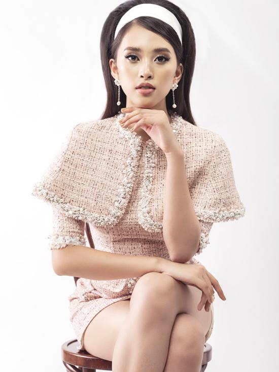 Bộ ảnh được thực hiện với sự hỗ trợ của nhiếp ảnh Bin Cio, trang điểm và làm tóc Đinh Trần, trang phục Lê Ngọc Lâm.