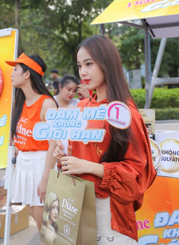 Hoa khôi Tài sắc Việt Nam 2017 Hồ Phương Linh.