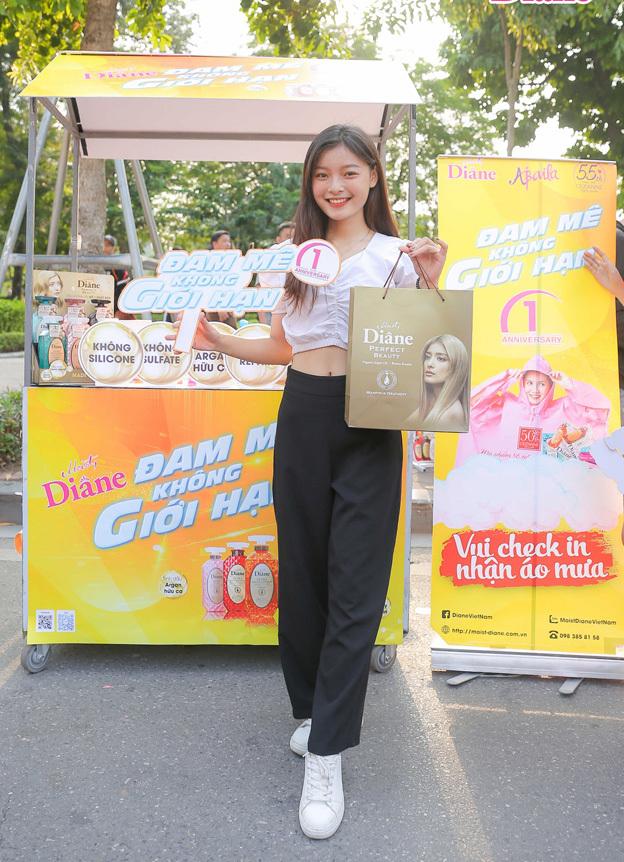 Á khôi Tài sắc Việt Nam 2018 Đỗ Thu Huyền tại sự kiện.