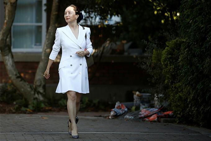 Bà Meng Wanzhou rời biệt thự tại Vancouver hồi tháng 11. Ảnh: AP.