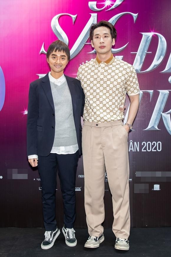 Trong phim, Hương Giang Idol đóng cặp với Tuấn Trần. Đây cũng là lần đầu, nam diễn viên sinh năm 1992 tham gia phim điện ảnh.