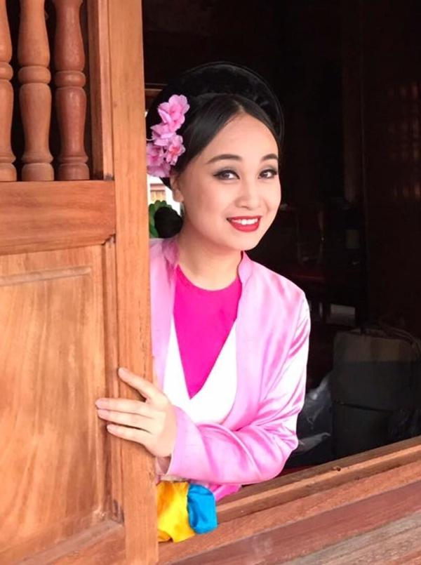 Diễn viên Thu Huyền.