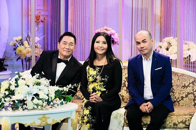 Từ trái qua: ca sĩ Chung Tử Lưu, danh ca Họa Mi và nhà báo Minh Đức.