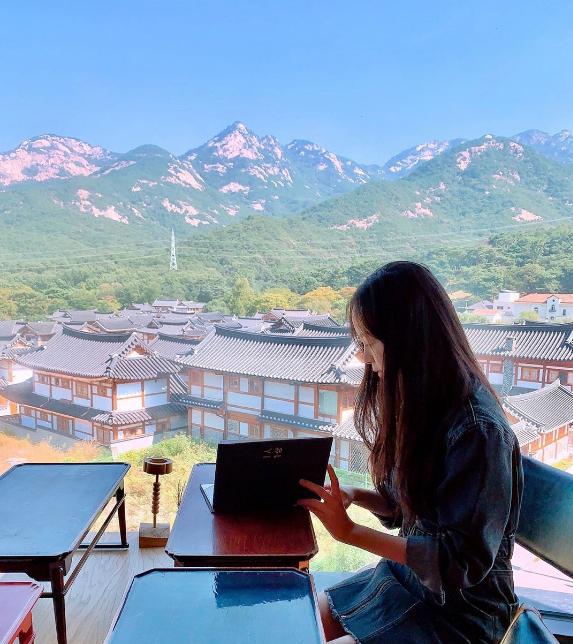 Nhà hàng view đẹp Hari giới thiệu trong show Hàn - 1