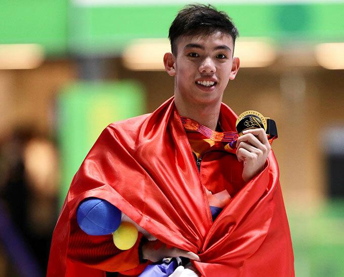 Nguyễn Huy Hoàng mang về tấm HC vàng đầu tiên cho bơi lội khi về nhất 400m tự do nam
