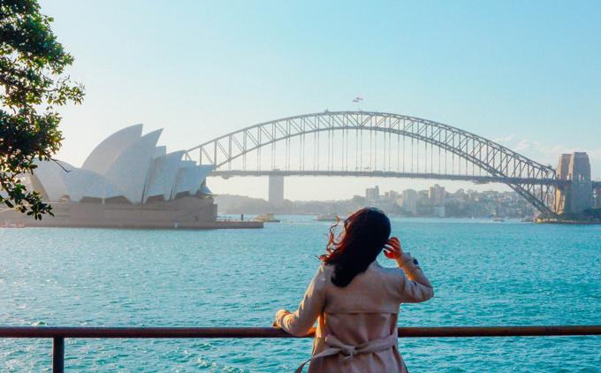Nhiều du khách hay mua tour lẻ khi đi du lịch tự túc. Ảnh: Nguyên Chi