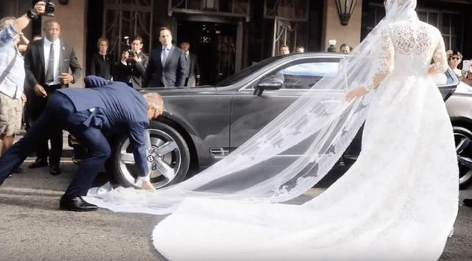 Những tai nạn ngày cưới khiến sao Hollywood méo mặt - 4