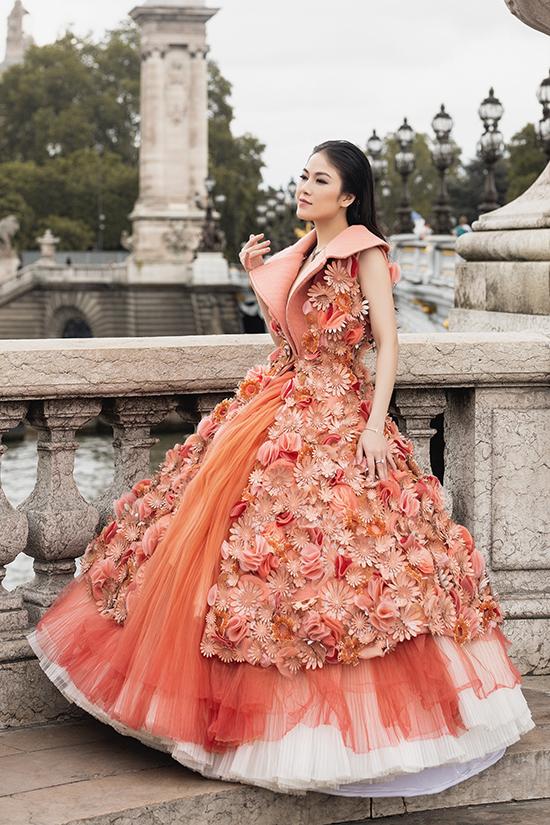 Với mong muốn tạo dựng hình ảnh ấn tượng và ngày càng cuốn hút hơn, hoa hậu Tuyết Nga không ngừng đầu tư cho những bộ ảnh thực hiện chỉn chu.