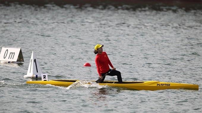 Trương Thị Phương giúp đoàn Việt Nam có HC vàng đầu tiên trong ngày 7/12 với chiến thắng ở chung kết canoeing nội dung 200 mét nữ. Đây đồng thời cũng là tấm HC vàng thứ 2 của Phương tại SEA Games 30 khi từng về nhất ở nội dung 500 mét nữ.