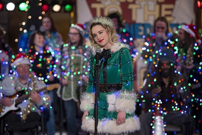 Không khí Giáng sinh ngập tràn trong phim.