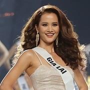 Hương Ly ngất xỉu trên sân khấu Hoa hậu Hoàn vũ VN