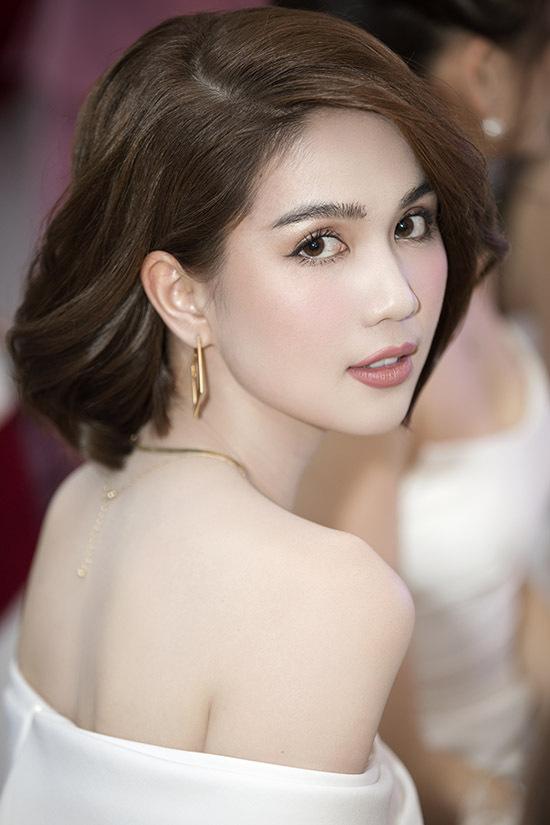 Ngọc Trinh tự tin với nhan sắc xin đẹp, quyến rũ ở tuổi 30.