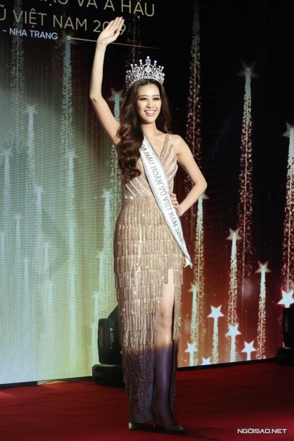 Tân hoa hậu Khánh Vân áp lực trước thành công của HHen Niê - 3