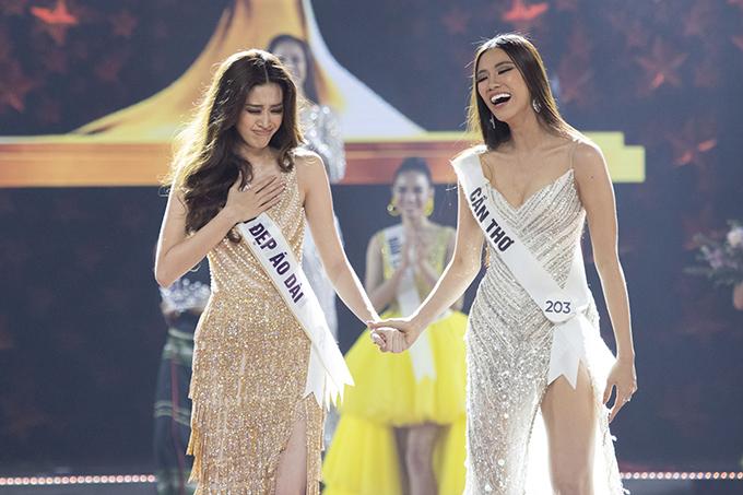 Cuối cùng, Nguyễn Trần Khánh Vân là cái tên được xướng lên. Cô ôm ngực, rơi nước mắt vì quá xúc động. Ảnh: BTC