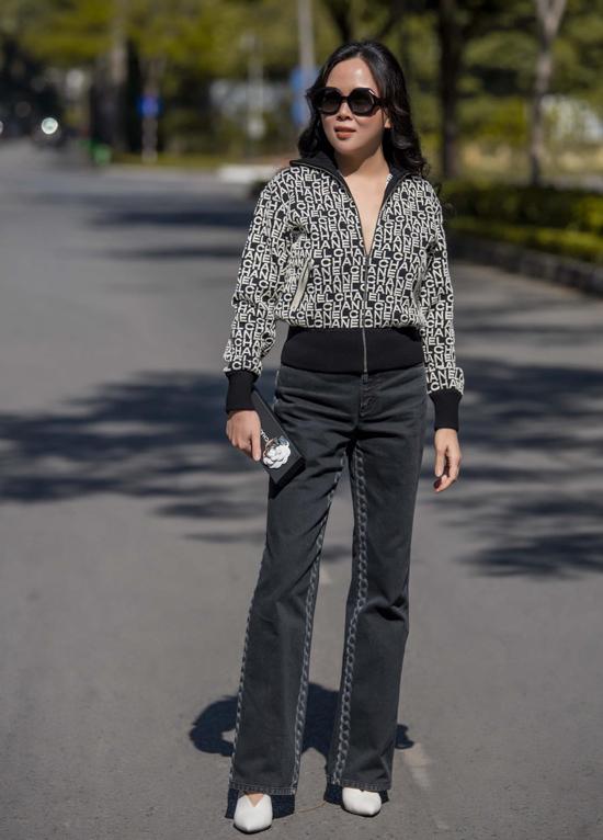 Bà mẹ hai con cho biết cô không quá quan tâm tới ý kiến của người khác mà chỉ mặc những gì bản thân thấy thoải mái, tự tin nhất.