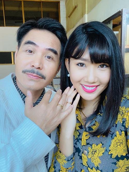 Thúy Ngân - Trung Dũng cưới nhau trong phim mới.