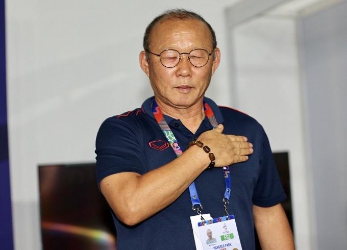Thầy Park tin tưởng vào chiến thắng cho U22 Việt Nam. Ảnh: Đức Đồng.