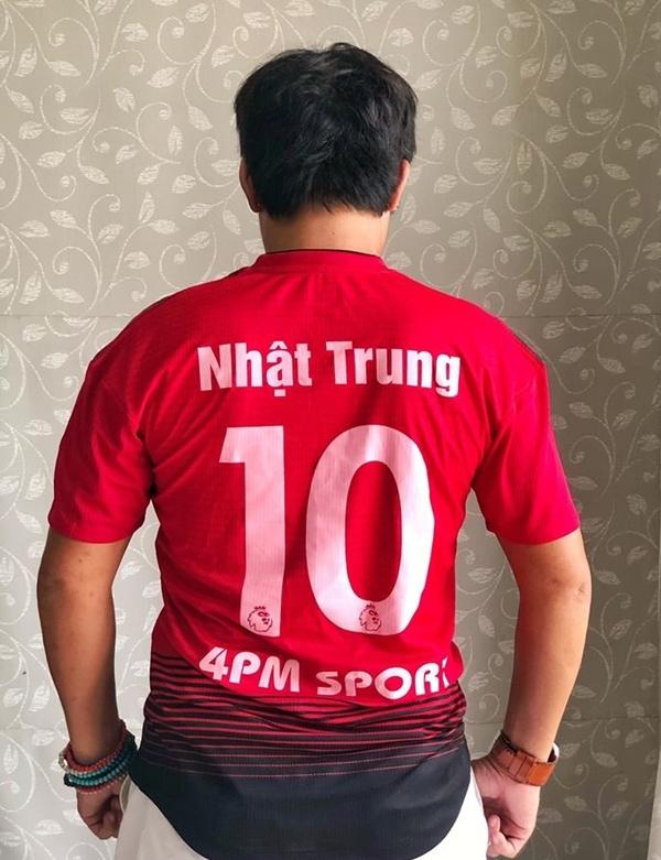 Đạo diễn - diễn viên Trung Lùn nói đùa rằng anh chính là cầu thủ bí ẩn ghi bàn quyết định để đưa đội nhà lên đỉnh vinh quang.