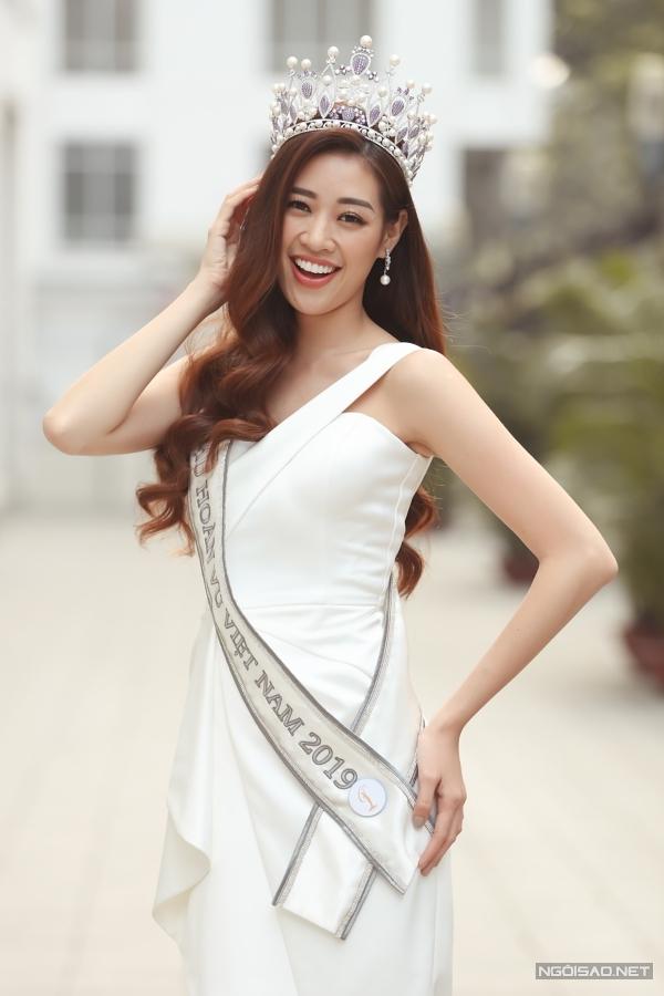 Sắp tới, Khánh Vân rèn luyện bản thân dự thi Miss Universe 2020.