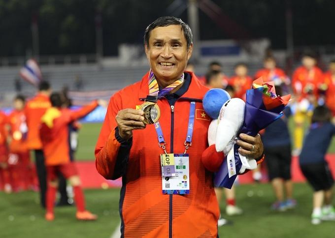 Ông Mai Đức Chung là HLV tuyển nữ thành công nhất lịch sử Việt Nam. Ảnh: Đức Đồng.