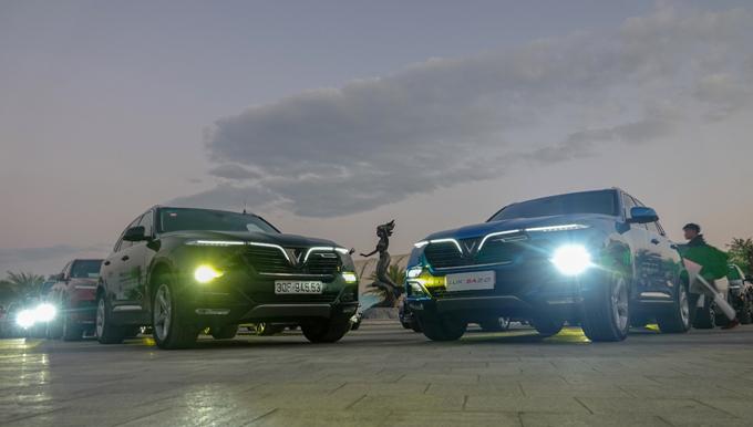 Ngoài ra, khung gầm BMW với chất lượng châu Âu, cùng sự ổn định của hệ thống treo giúp VinFast Lux A2.0 di chuyển êm ái và ổn định ngay cả khi đi vào cung đường xấu.