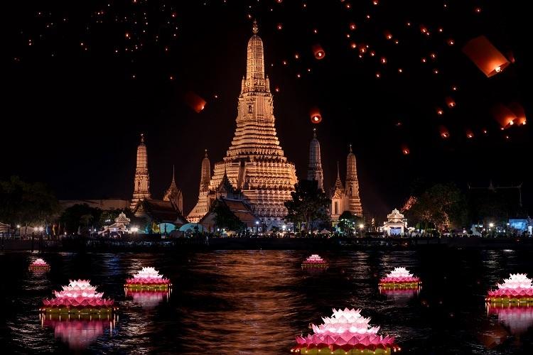 Lễ hội cuối năm ở châu Á mang đậm dấu ấn tín ngưỡng và văn hóa bản địa.