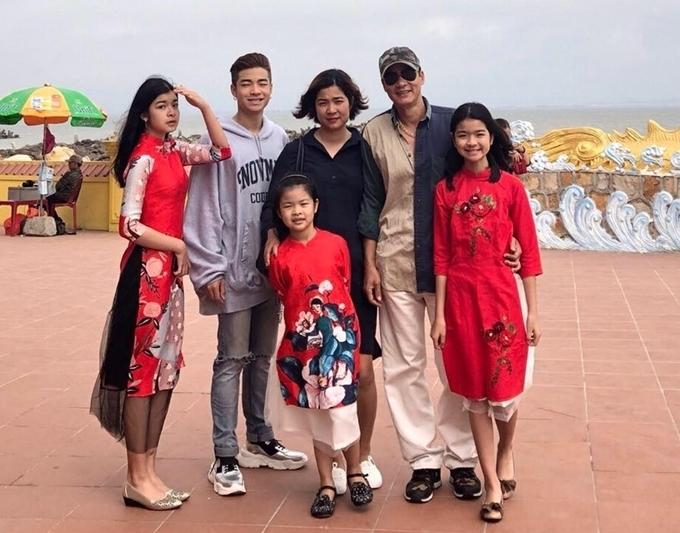 Gia đình Võ Hoài Nam.